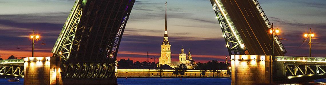 Весь август в Петербурге будут «Петь мосты»