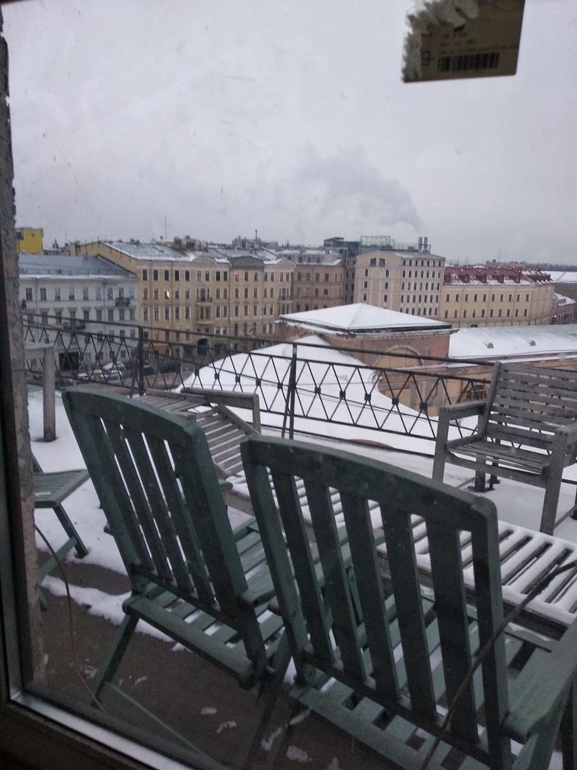 Смотровая площадка на крыше нашего дома.